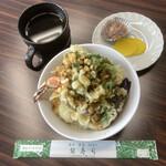 銀寿し - 料理写真:天丼(デリバリー・たくあん&塩辛付き)