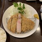 157814202 - リブロースかつ(230g)1,903円
