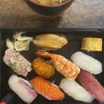 福鮨 - 料理写真:お味噌汁は自作でございます