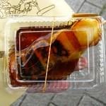 深川 伊勢屋 平野店 - 看板:焼だんご110円