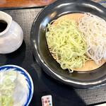 みやび庵 - 料理写真:木の芽きり(山椒)とさらしな蕎麦きり二色