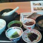 ふるけん 弐乃丸 - 和朝食
