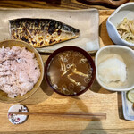 きょうや食堂 - 料理写真:鯖塩焼き定食880円