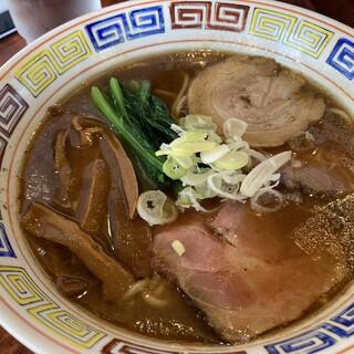 つけ麺目黒屋 - 料理写真:豚骨しょうゆラーメン