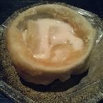 弐 - 贅沢膳にはパイ包み料理がでます。中身は…シチューかな?