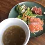 NEW NORMAL CAFE - ランチスープとオードブル