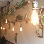 NEW NORMAL CAFE - 店内