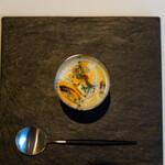 レストラン オオツ - 2021.9 モンサンミシェル産ムール貝 ムール貝のピュレ ジロール茸 セロリ