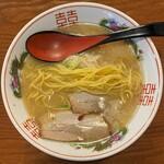 豚吉 - ストレート中細麺