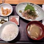 博多もつ鍋 やまや - 胡麻カンパチ定食