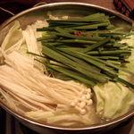 15790820 - もつ鍋(アッサリ塩豚骨味)
