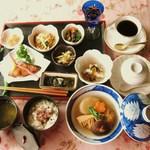 キッチン 赤いフォーク - 和食 コースの一例