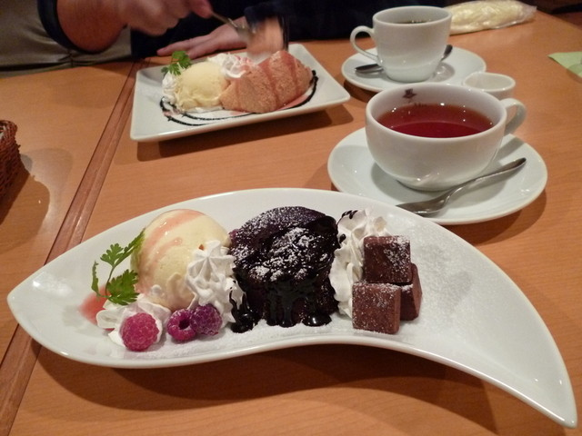 Cafe Place Mu - フォンダンショコラの冬スペシャル セットで680円