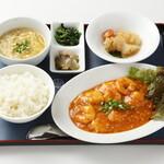 紅蘭亭 - 【干焼蝦仁定食】良質な蝦を自家製の辣油で仕上ました。1,410円
