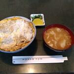 山之内 - 料理写真:農大カツ丼(豚汁)。