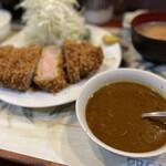 157916582 - 上ロースかつ定食+カレーソース