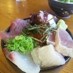 ○八食堂 - 海鮮丼(スペシャル)