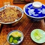 加賀屋 - かつ丼セット¥880:フタ付きのカツ丼は嬉しい