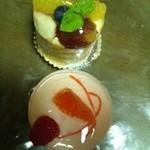 アボンドンス - フルーツタルトと、グレープフルーツのケーキ