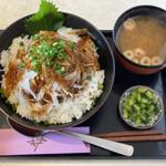 津々井 - 和風ハンバーグ丼