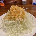 とんかつ専門店とん - 人参と玉ねぎのドレッシングがめっちゃ美味い!