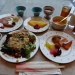15796495 - 野菜タップリのブッフェの朝ご飯