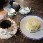 グロッケンシュピール - 珈琲とケーキ