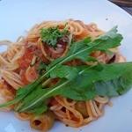 15796986 - タコとオリーブのチリトマトソーススパゲティ