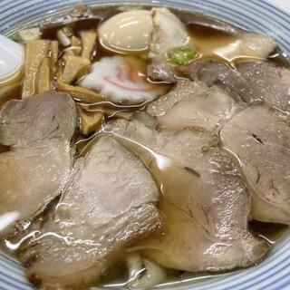 温泉ラーメン八方美人 - 料理写真:特製しょうゆ1,000円