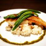 Brasserie024 - 妻が注文した「真鯛のポワレ」
