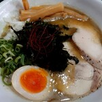 Ramen光鶏 - 期間限定メニュー  濃厚ニボパイタン塩(900円税込)の麺大盛り(トッピング無料スタンプカード使用)