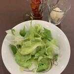 157971062 - サラダとらっきょう、福神漬