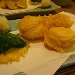 築地 布恒更科 - ホタテ天ぷらこれが美味い