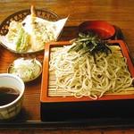 芳味亭 - 料理写真:季節の天ぷらがついたざるそばです