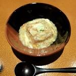 日本料理FUJI - 料理写真:落花生豆腐を渡り蟹の餡で