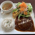 コトイロカフェ - 料理写真:デミグラスハンバーグランチ