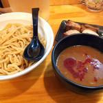 春樹 - 超濃厚魚介とんこつ辛つけ麺