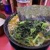 上越家 - 料理写真:中盛ラーメン(¥820)+ほうれん草と小松菜のミックス増(¥150)+のり増し(¥100)+白ライス大(¥200)