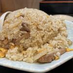 中華処タカノ - お玉2杯分のボリューム