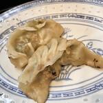 中華処タカノ - ずいぶん形が違いますが味は変わりません(^^)