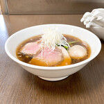 麺屋 龍 - 料理写真:臥龍(醤油)(てもみ麺)+半熟玉子