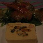 そぷらのシチュー - ディナー 前菜(鮭のテリーヌ・ムール貝入り、赤エビのサラダ、スズキのタタキ風)