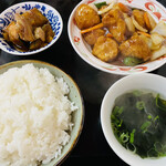 燕京 - 料理写真:酢豚定食=800円