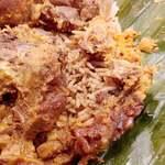 アプサラ レストラン&バー - おかずの味を吸った 長粒米がまた美味しいよ