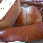 レストランカリーノ - セットのパン