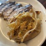 明記大陸食堂 - 中の餡がご飯の進む最高の美味しさ!