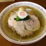 らあめん サンド - チャーシューの香ばしい香りがする!節香る鶏出汁スープと生姜、平打ち中細麺が最適!