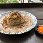 ほんたき山のカフェ - 薬膳カレー揚玉葱