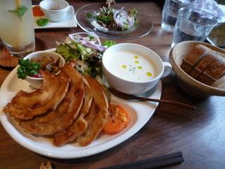 オルモ コッピア - 畑の野菜ワンプレート