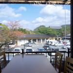 カフェ イ・ルンガ - テラス席からの眺め